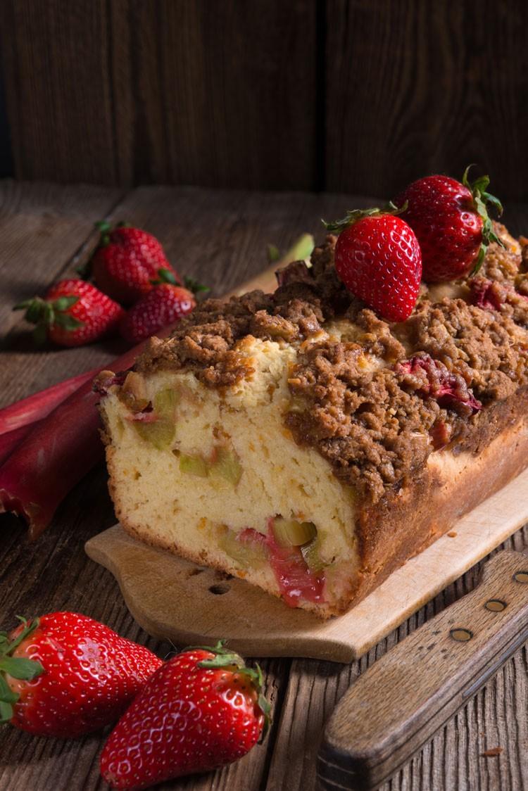 apple-rhubarb-cake