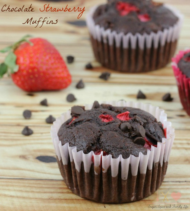 Chocolate-Strawberry-Muffins