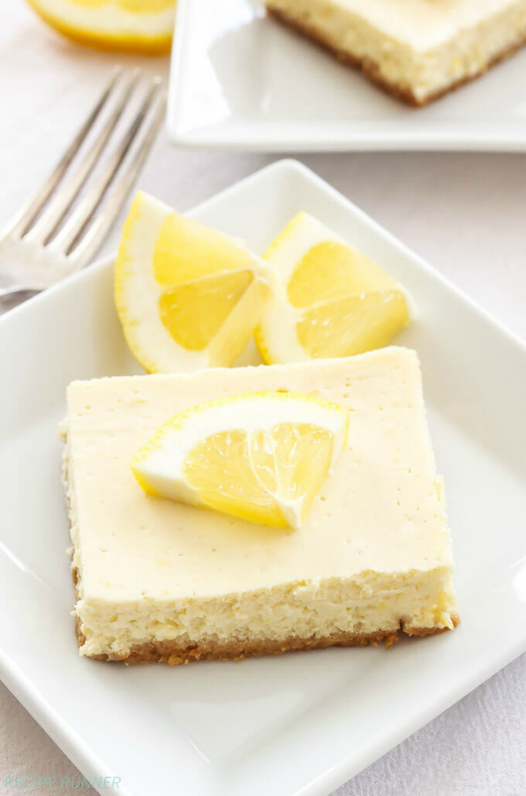 Greek-Yogurt-Lemon-Cheesecake-Bars